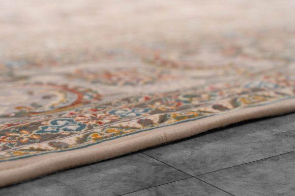 فرش اشرافی کد ۱۵۶۳ کرم