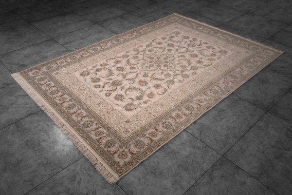 فرش ماشینی اشرافی کد ۱۵۶۳ کرم