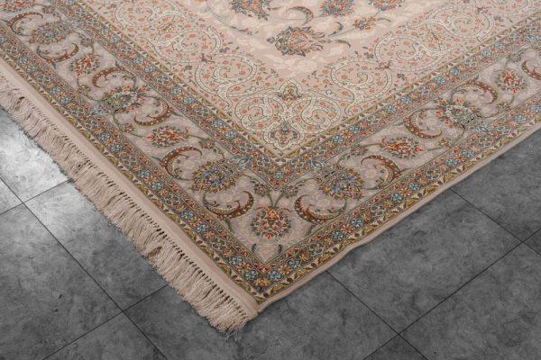 فرش اشرافی ۱۵۶۳ کرم